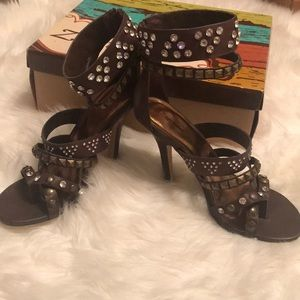 Twinkle studded sandal heel
